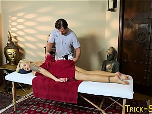 huge-titted stunner plows masseuse