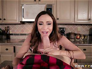 super hot fantastic mummy Ariella Ferrera with a brilliant figure has fuck-a-thon on the kitchen table