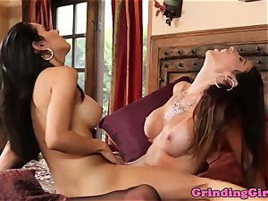 Stockinged lezzies tribbing before oral