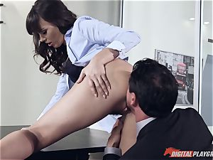Dana DeArmond and Tommy Gunn drilling in the office