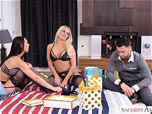 Alexis Monroe and Aidra Fox impatient for the man rod of Seth Gamble
