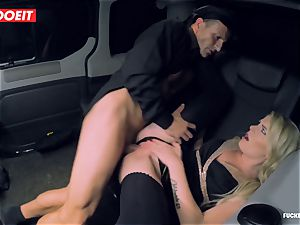 hot Czech stunner boinks the Driver to come back her Luggage