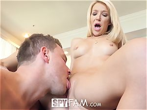 SpyFam Stepmom Laura Bentley plumbs stepson