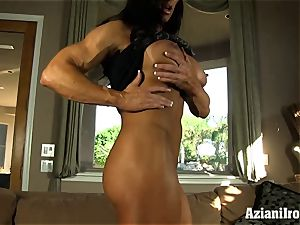 Muscle bound mummy uses her glass faux-cock till she cums