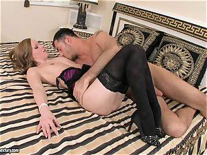 Veluptuous Gitta blond gets her plump lips plump a huge man sausage