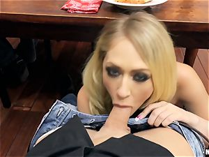 naughty housewife Kagney Linn Karter blows weenie under the dinner table