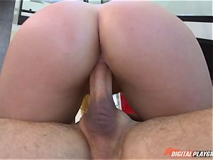 Melissa May takes his super hot load over her face