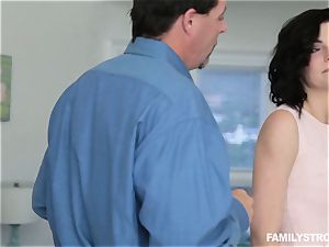 Jessica Rex penetrating her stepparent