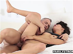 Latina stepdaughter fellating penis to skip college