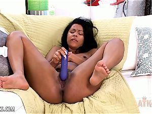 Zoey Reyes gets cute and wet for her fucktoy