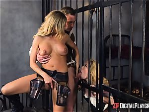 Western labia porking with Jessa Rhodes and Misha Cross