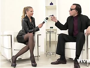 innate titted Reporter Candy Alex dripping Her throat