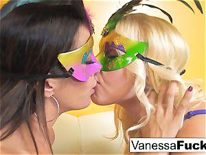 Vanessa cell with Capri Cavanni