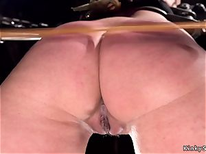 sizzling booty marionette gets double penetration fake penis fuckin'