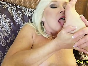 cougar onanism and Toe blowing ejaculations with Ms Paris