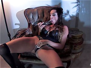 Ariella Ferrera pounds herself with a large glass plaything