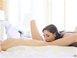 super-sexy three way with Sammie Daniels and Bella Danger