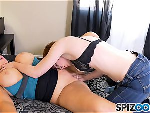 mummy Karen Fisher has her juicy honeypot plunged with cable on faux-cock from Lily Cade