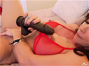 fitness mommy milf ejaculations WITH huge ebony dildo