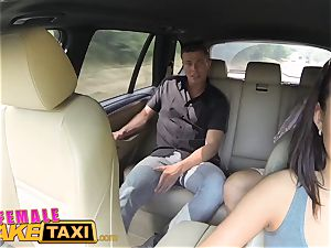 girl fake cab expert honeypot slurping climaxes