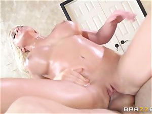 Leya Falcon cheats with her fat dicked masseur