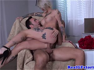 Tattood ash-blonde mummy drilled in asshole