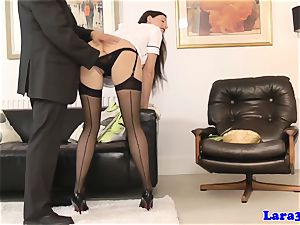 brit mummy in pantyhose getting fingered