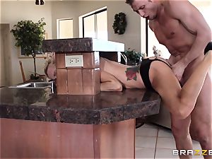 Sarah Jessie completes her run with a strangers meaty man sausage