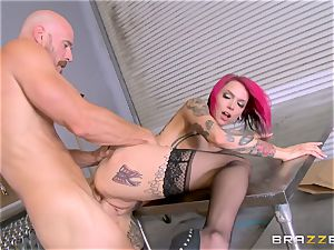 super hot chief Anna Bell Peaks rails her employees schlong