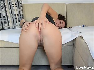 super-steamy babe Gets Deeply booty drilled On The couch